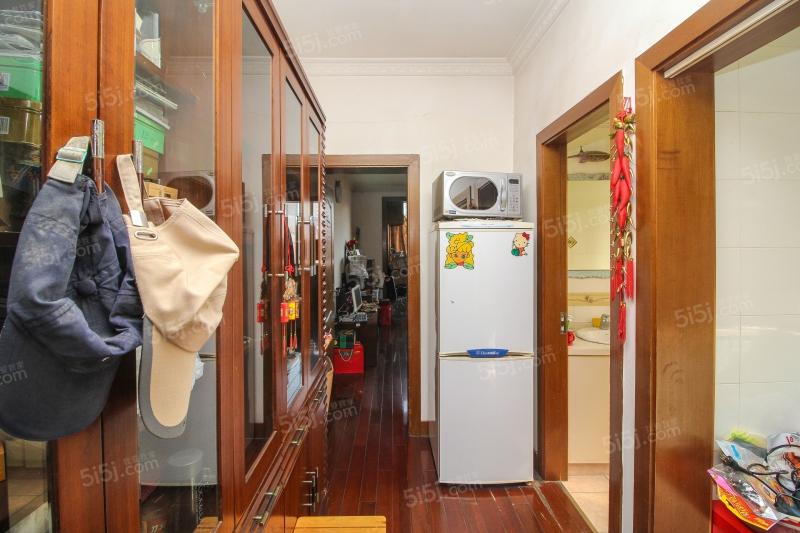 http://image18.5i5j.com/erp/house/4024/40249256/shinei/dfeahpfi5c1d6212_800x600.jpg
