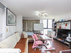 龙江新城市商圈 新出复式三房 空间大 实用面积多