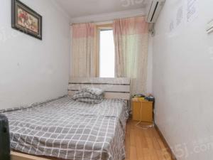 水西门大街 两房 满两年 户型方正 诚售