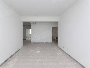 毛坯大三房两厅双卫纯毛坯随时看房有钥匙