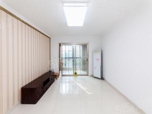 江南大學旁,融创熙园,双阳台,满2年,精装修,看房随时