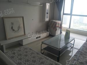 青岛我爱我家世茂诺沙湾二期,稀缺套一户型,海景东方影都旁