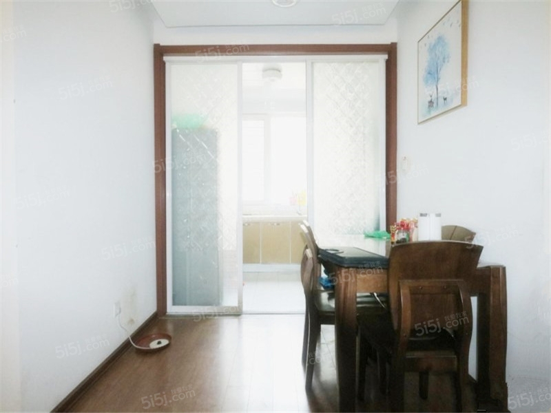 青岛我爱我家沧口翠海宜居 多层洋房 一楼带地下室 满五年 精装第2张图