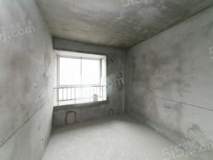 水岸佳苑 毛坯大三房 空间大 户型方正,随时看房