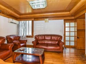 新升新苑2房2厅1卫,老式装修,位置好