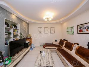 新上房子,温馨之家,中上楼层,诚心出售