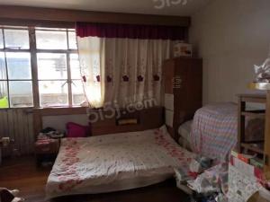 龙苑新寓,两室一厅出售,高楼层