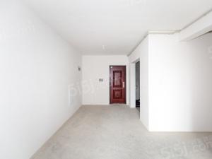 马群南麒麟南外 有轨电车旁 新出中间楼层三房 满两年诚心出售