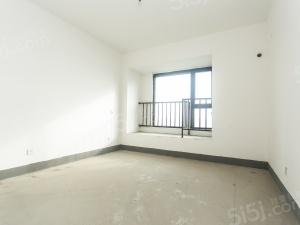 房东诚心卖房,降价急卖,看房方便,位置好,小区性价高的