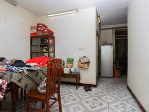 珠江路 文德里 南北两房 户型方正 满五房龄新