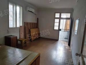 热河南路小区 简装两房 价格实惠 看房有钥匙