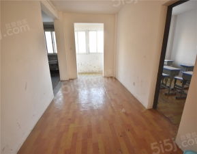 常州我爱我家高铁新城板块,新龙花苑3房出售,毛坯房,有钥匙,随时看房