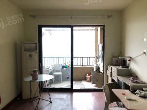 湖景房 保利罗兰香谷前排毛坯小三房 诚售