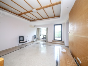 太湖MINI墅 带院子 送大露台 环境优美 适合养老宜居