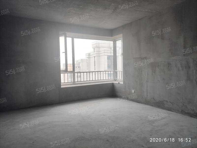 青岛我爱我家海上嘉年华前排海景房无遮挡,客厅开间6米,5.8米挑空第9张图