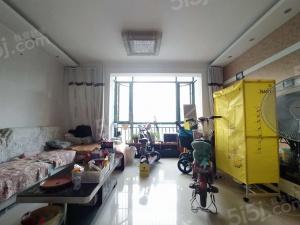 明发滨江新城三期靠柳州东路精装修大三房赠送大露台可做一个房间