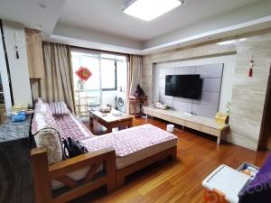 常州我爱我家三井新北实验可用中/央花园精装3房实木家具东西全留不靠高架