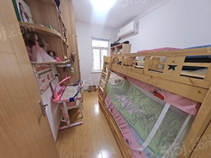 富贵山,两室一厅装修好,交通便利,